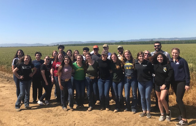 FARMS Leadership students